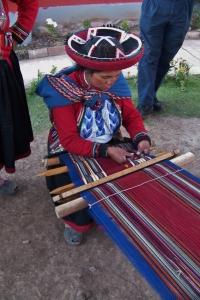 Weaving Alpaca Wool